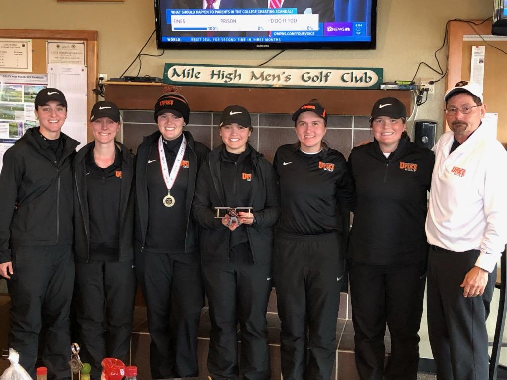 UPIKE women's golf starts spring season with record-breaking